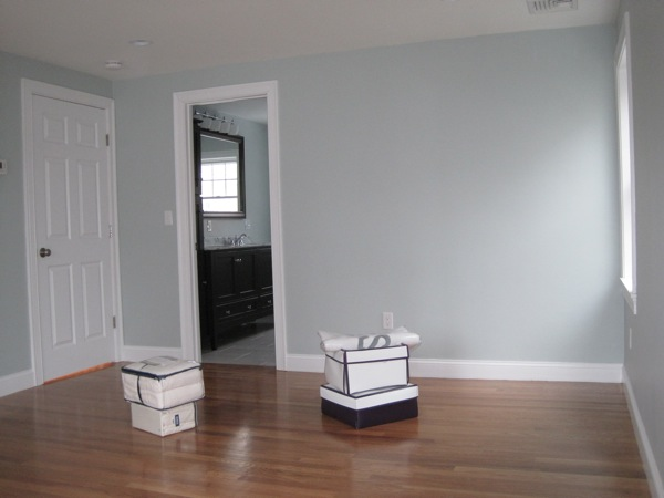 Paint 8 beachmont for Benjamin moore smoke gray